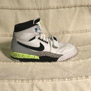 Nike Air Jordan Men's Legacy 312